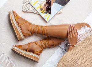 Brązowe wiązane sandałki Lace up — kopia